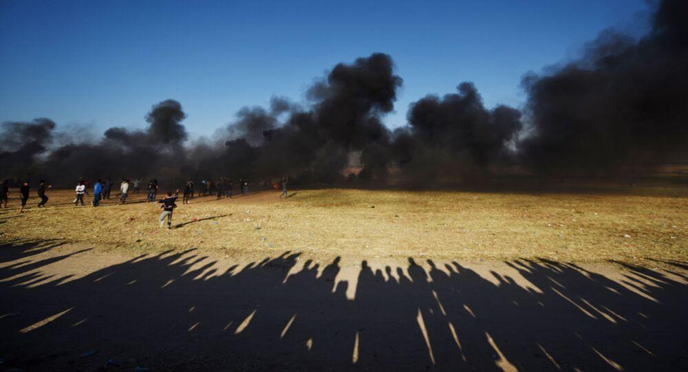 Scontri al confine tra la striscia di Gaza e Israele.