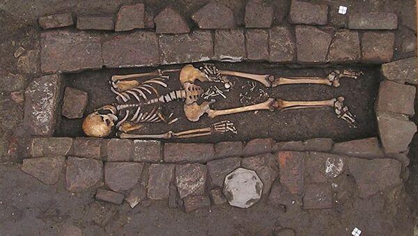 Resti di una tomba dell'Alto Medioevo - Sputnik Italia