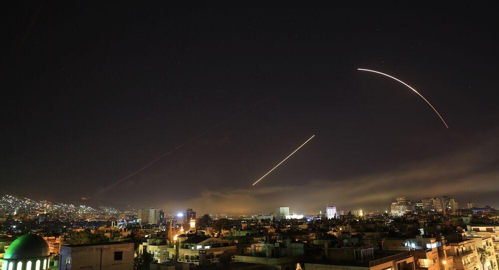 Raid occidentali contro Damasco