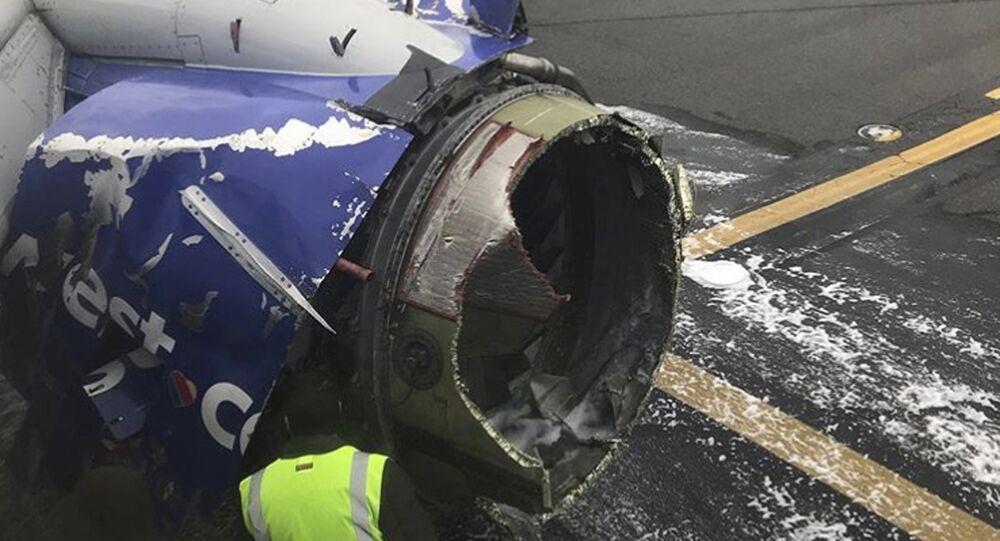 Motore esploso al Boeing-737 della compagnia Southwest Airlines a Philadelphia