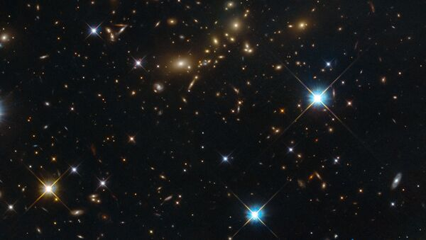 Ammasso di galassie PLCK G308.3-20.2 nella costellazione Uccello del Paradiso. - Sputnik Italia