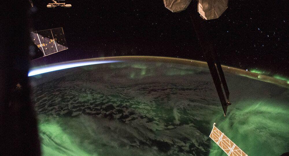 Foto dell'aurora polare fatta dal bordo dell'ISS.