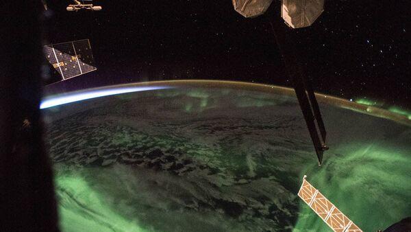 Foto dell'aurora polare fatta dal bordo dell'ISS. - Sputnik Italia