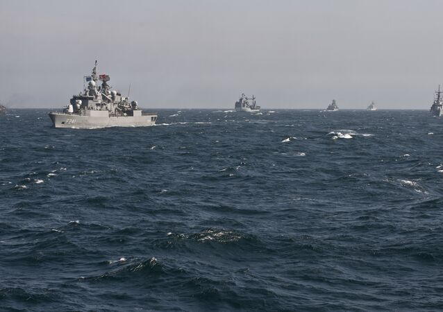 Le navi da guerra NATO nel mar Nero (foto d'arhivio)