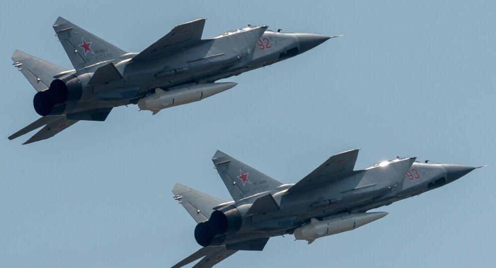 MiG-31 armati con missile Kinzhal