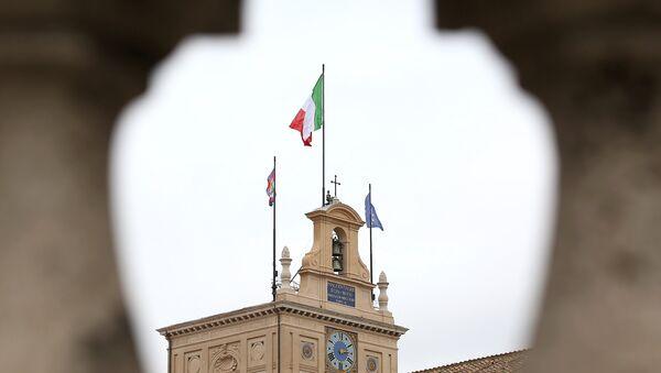 Bandiere sul Quirinale - Sputnik Italia