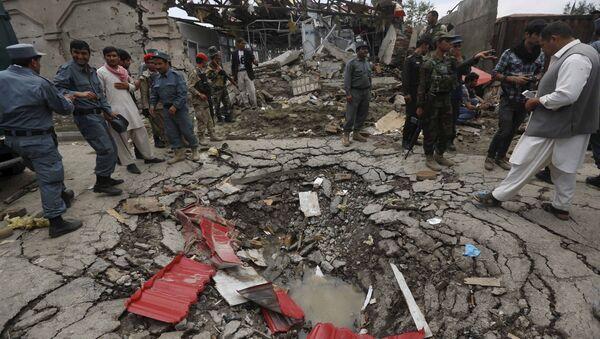 Buca dall'esplosione vicino al Parlamento afghano - Sputnik Italia