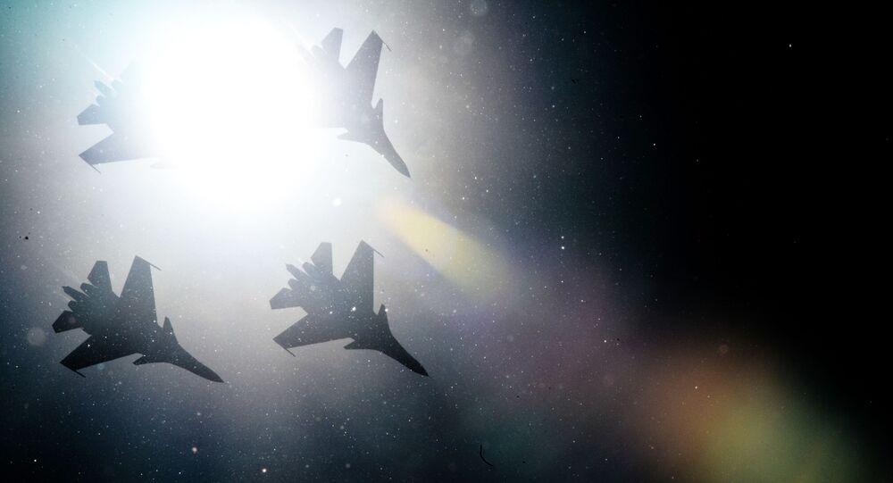 I caccia Su-30SM della pattuglia acrobatica Cavalieri Russi.