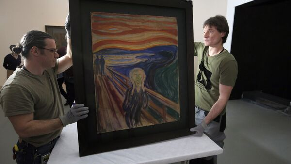 In this photo taken on Wednesday, March 18, 2015, employees present the painting The Scream by Edvard Munch, prior to it being exhibited, at the Louis Vuitton Foundation in Paris, France. - Sputnik Italia