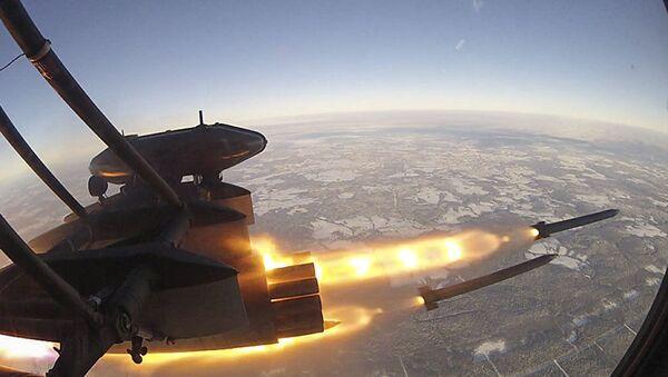 Il lancio del missile S-8OFP - Sputnik Italia