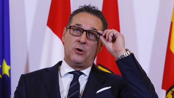 Österreichischer Vizekanzler Heinz-Christian Strache (FPÖ) - Sputnik Italia