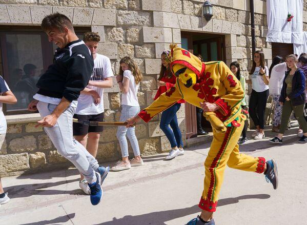 Il festival El Colacho a Castrillo de Murcia. - Sputnik Italia