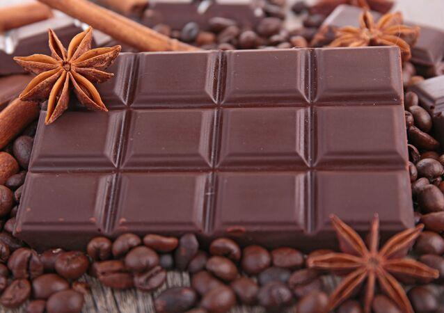 Una tavoletta di cioccolato, anche qui largo al Made in Russia?