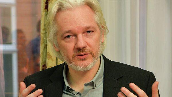 Julian Assange, fondatore di Wikileaks,è rinchiuso da tre anni nell'ambasciata dell'Ecuador di Londra per scongiurare di essere estradato in Svezia - Sputnik Italia