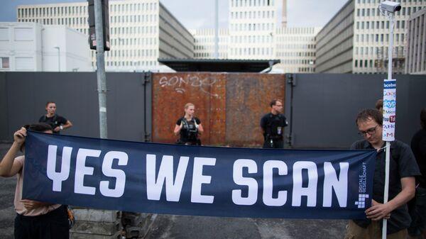 Manifestazione contro lo sponaggio della NSA in Germania - Sputnik Italia