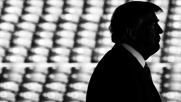 Il presidente statunitense Donal Trump fa la dichiarazione sull'accordo nucleare con l'Iran - Sputnik Italia