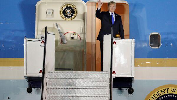 Donald Trump a Singapore - Sputnik Italia