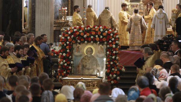 Le salme di San Nicola a San Pietroburgo - Sputnik Italia
