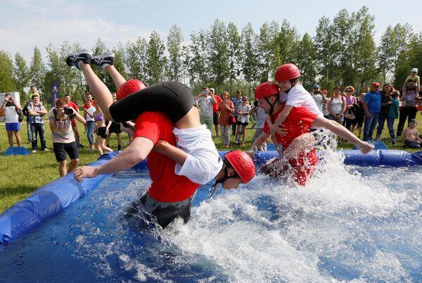 Le celebrazioni della Giornata della città di Krasnoyarsk, Russia. - Sputnik Italia