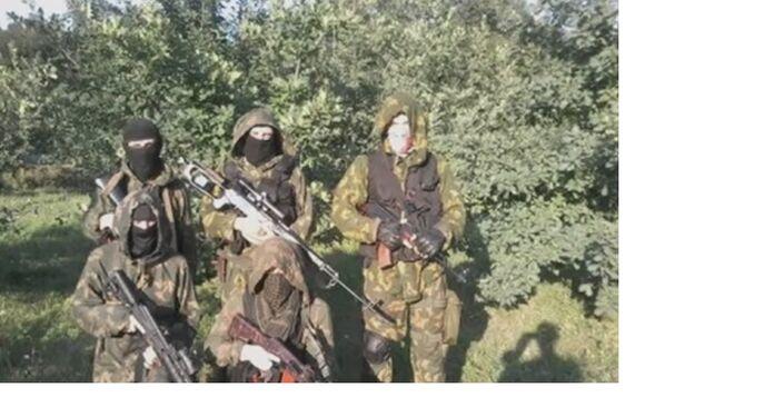 La squadra di ricognizione del reggimento Azov, la regione di Donetsk.