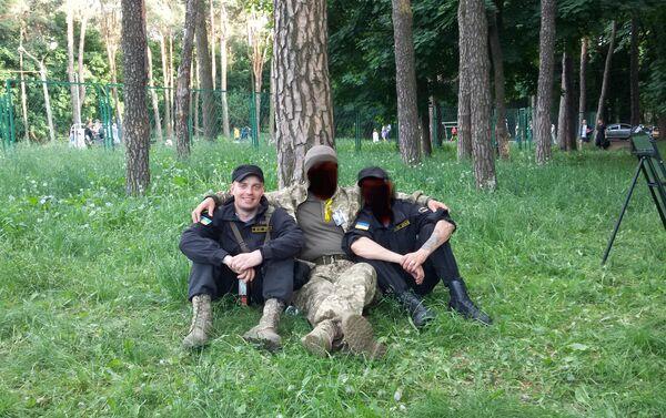 Le esercitazioni, Kiev. Sergey Sanovsky alla sinistra. - Sputnik Italia