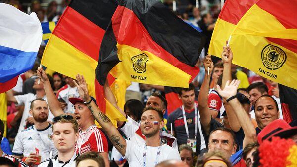 Tifosi tedeschi ai Mondiali - Sputnik Italia