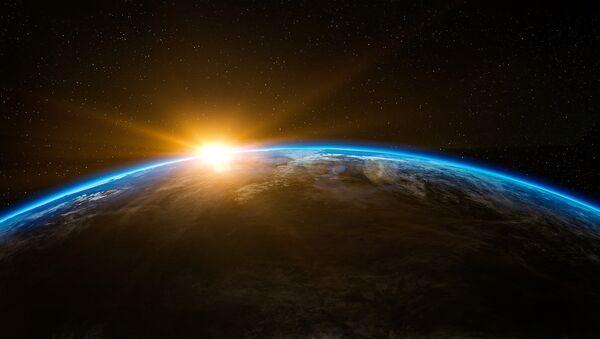 Sunrise in outer space - Sputnik Italia