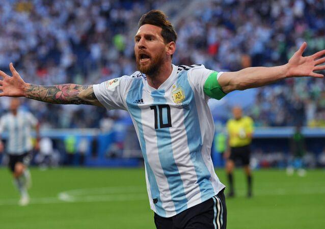 Lionel Messi festeggia il suo primo gol al Mondiale in Russia
