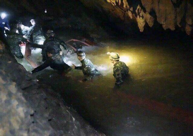 Thailandia operazioni soccorso in grotta