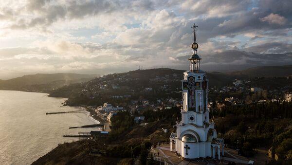 St. Nicholas' Beacon and Church in the Malorechenskoye Village, Sudak District, Crimea - Sputnik Italia