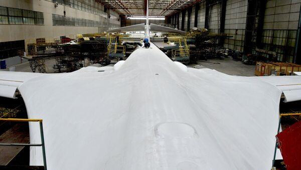 Le riparazioni generali del Tu-160 - Sputnik Italia