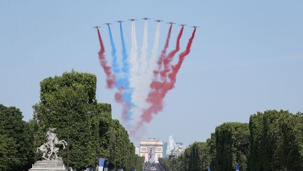 La parata del 14 luglio a Parigi - Sputnik Italia