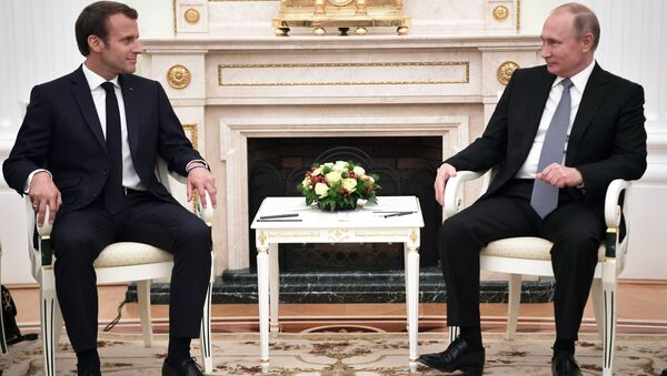 L'incontro tra Putin e Macron - Sputnik Italia