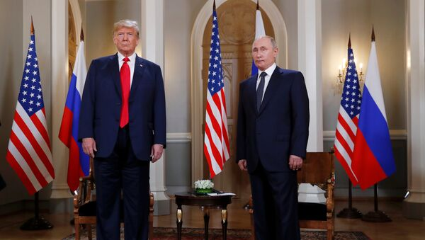 Donald Trump e Vladimir Putin a Helsinki - Sputnik Italia