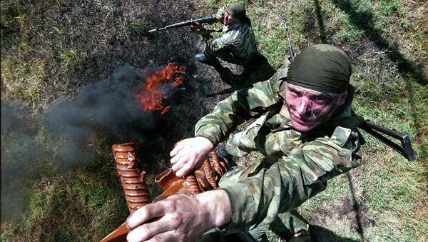 Soldati russi durante le esercitazioni in Tagikistan - Sputnik Italia