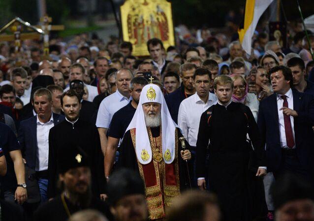 Ad Ekaterinburg celebrata cerimonia in memoria dello zar Nicola II dal patriarca Kirill