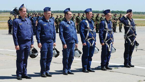 I piloti russi sono tornati in Russia dalla Siria - Sputnik Italia