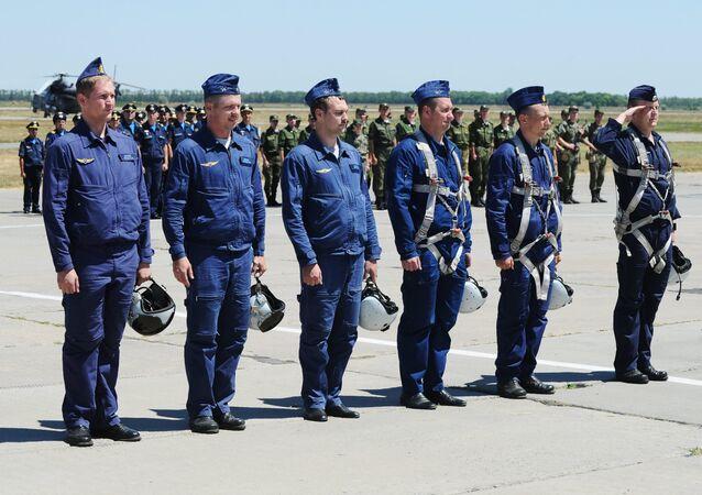 I piloti russi sono tornati in Russia dalla Siria