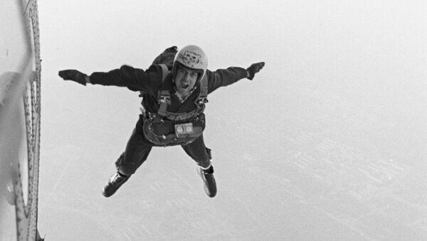 Il paracadutismo in URSS - Sputnik Italia
