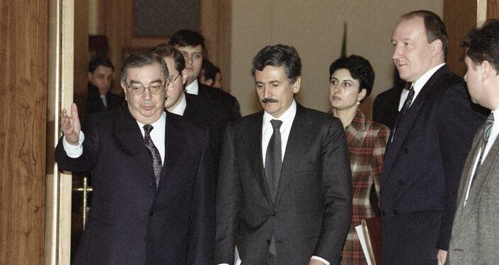 Evgeny Primakov e Massimo d'Alema nel 1998