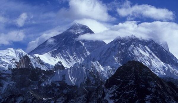 Un célèbre alpiniste russe meurt pendant l'ascension de l'Everest - Sputnik Italia