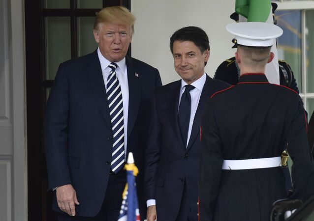 Premier dell'Italia Giuseppe Conte e il presidente Usa Donald Trump a Washington