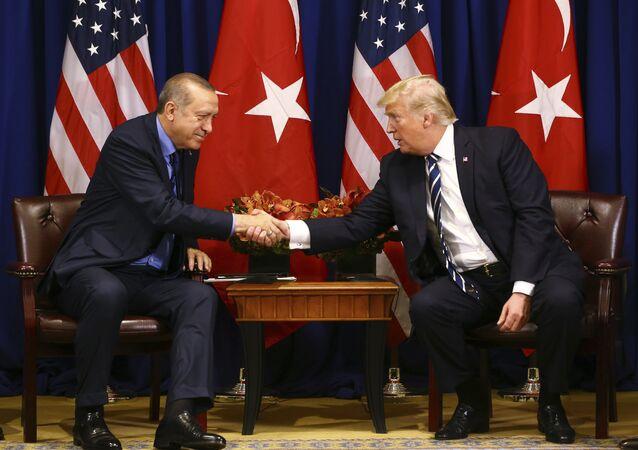Erdogan e Trump (foto d'archivio)