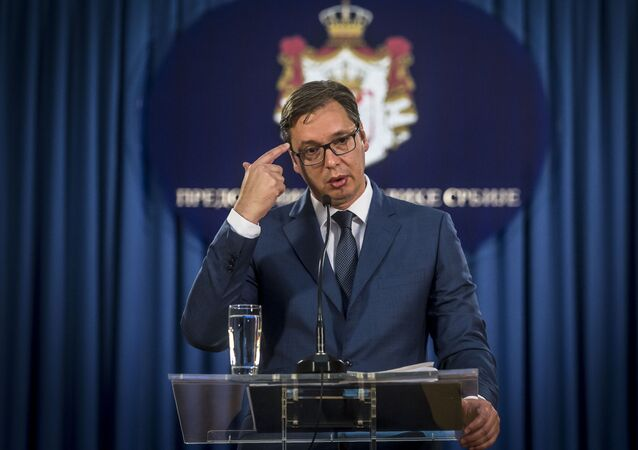 Serbian President Aleksandar Vucic gives a press conference in Belgrade, file photo.