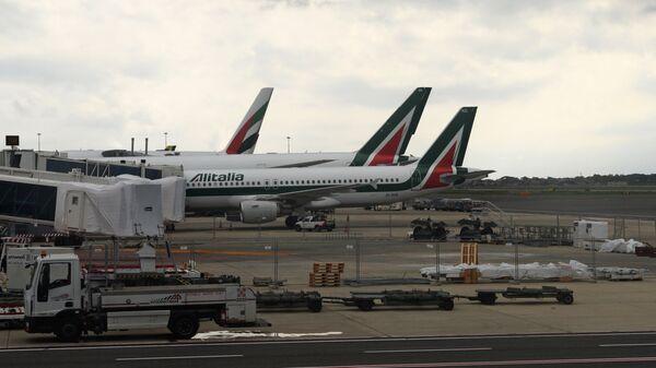 Aerei della compagnia aerea Alitalia - Sputnik Italia