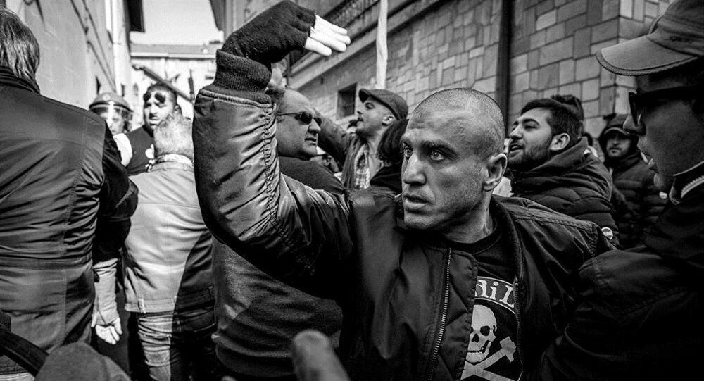 Erli, un ultras dell'Albenga invita allo scontro i tifosi di una squadra avversaria
