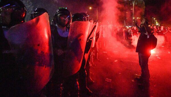 Proteste contro il governo a Bucarest, Romania, il 10 agosto del 2018 - Sputnik Italia