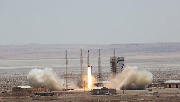 Lancio di un missile, Iran - Sputnik Italia