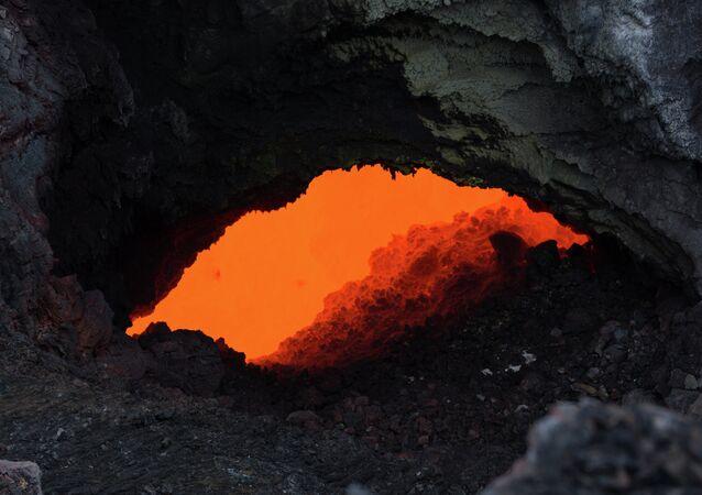 Nella remota isola di Kuchinoerabu-jima potrebbe verificarsi un'eruzione catastrofica.