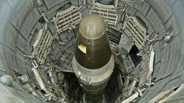 Un missile nucleare USA disattivato, Titan II, in un museo in Arizona - Sputnik Italia